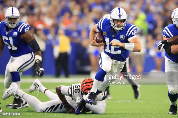 Andrew Luck of the Indianapolis Colts runs the ball against the Cincinnati Bengals at Lucas Oil Stadium on September 9 2018 in Indianapolis Indiana