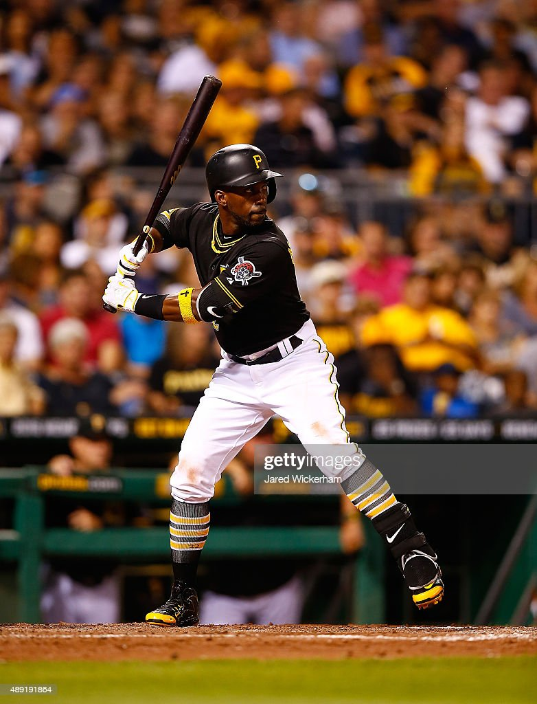 Chicago Cubs v Pittsburgh Pirates - Game Two : News Photo