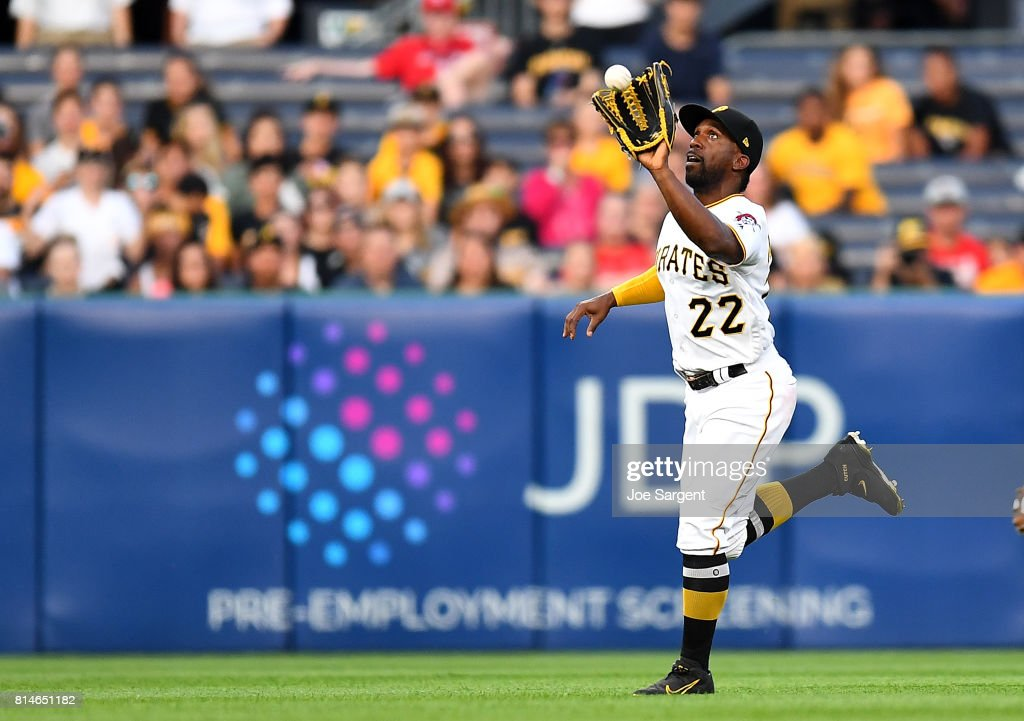 Andrew McCutchen #22 of the Pittsburgh Pirates makes a catch on a ball hit by Dexter Fowler #25 of the St. Louis Cardinals (not pictured) during the fourth inning at PNC Park on July 14, 2017 in Pittsburgh, Pennsylvania.