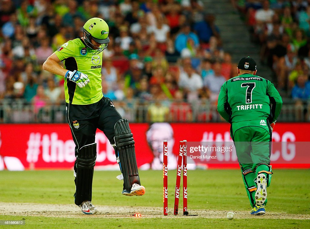 Andrew McDonald of the Thunder reacts after losing his wicket during a Big Bash League match between the Sydney Thunder and the Melbourne Stars at Spotless Stadium on January 17, 2015 in Sydney, Australia.