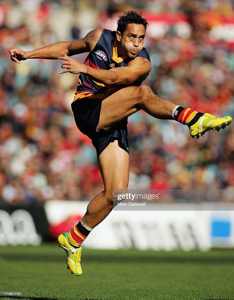 AFL Rd 13 - Adelaide v Geelong