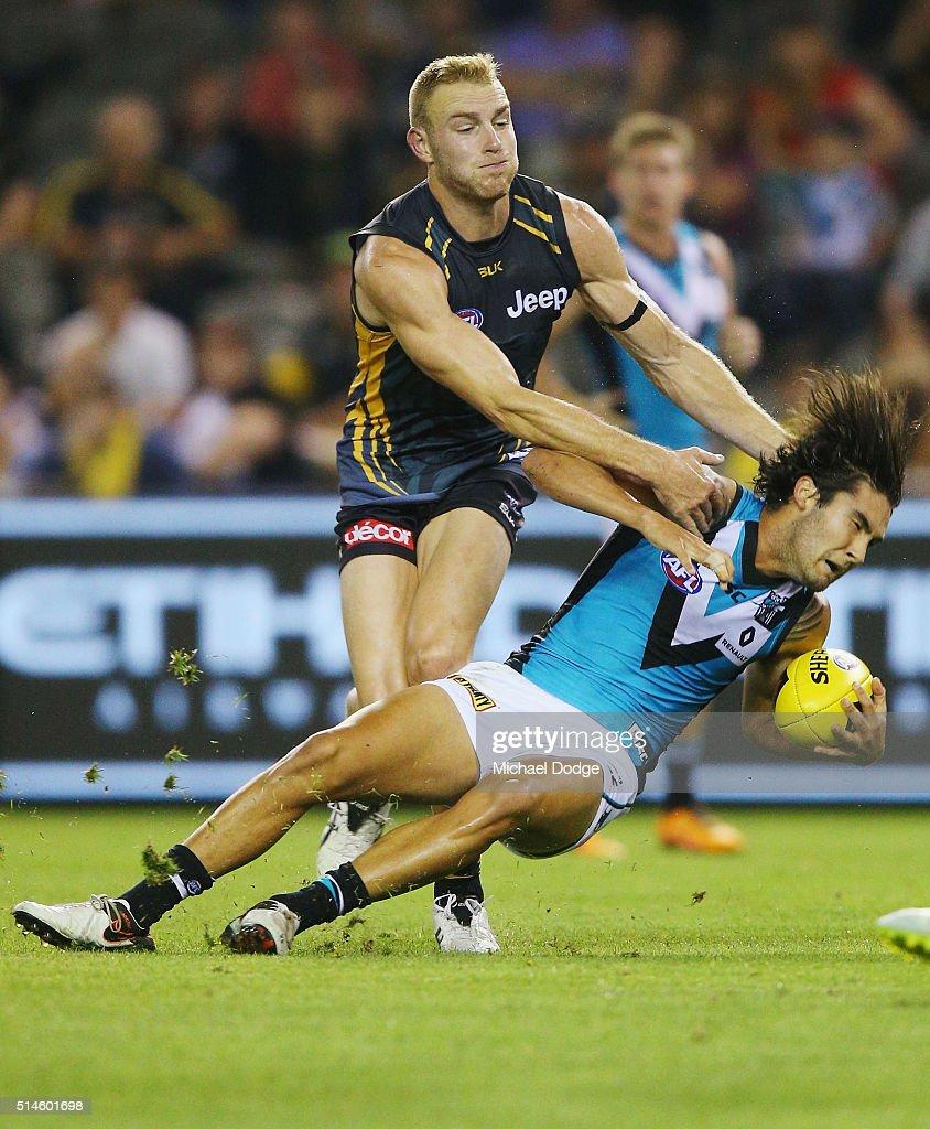 Richmond v Port Adelaide - 2016 AFL NAB Challenge : News Photo