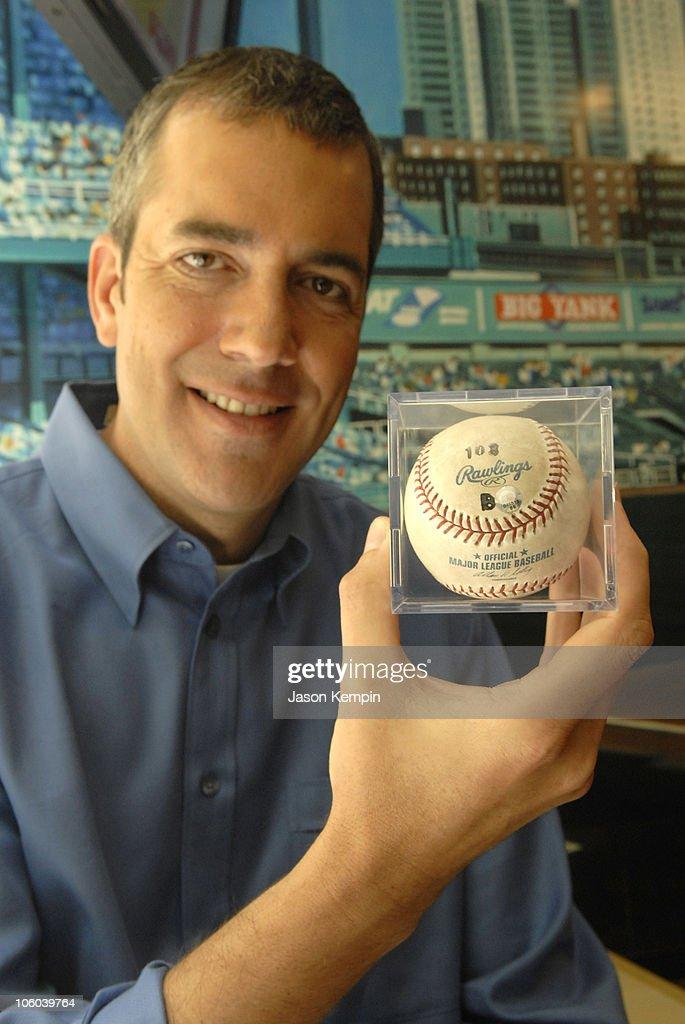 Barry Bonds' 715th Home Run Baseball Now Live On eBay - July, 24, 2006