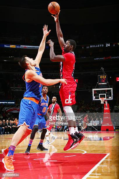Andrew Nicholson of the Washington Wizards shoots the ball against the New York Knicks during the game on November 17 2016 at Verizon Center in...