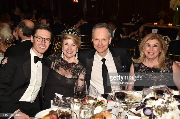 Andrew Nodell Judy McLaren Yann Coatanlem and Barbara Wolf attend French Heritage Society's New York Gala The Black White Ball at Private Club on...
