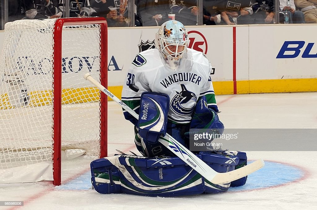 Andrew Raycroft #30 of the Vancouver Canucks makes the save against the Los Angeles Kings in Game Three of the Western Conference Quarterfinals during the 2010 NHL Stanley Cup Playoffs at Staples Center on April 19, 2010 in Los Angeles, California.