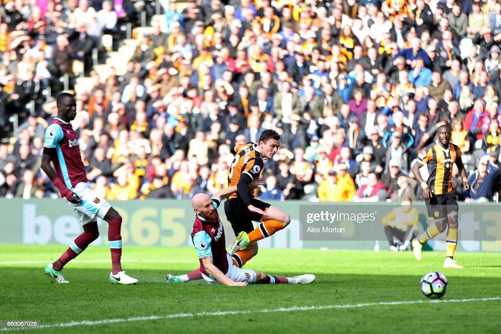 Andrew Robertson of Hull City scores his sides first goal during the Premier League match between Hull City and West Ham United at KCOM Stadium on April 1, 2017 in Hull, England.