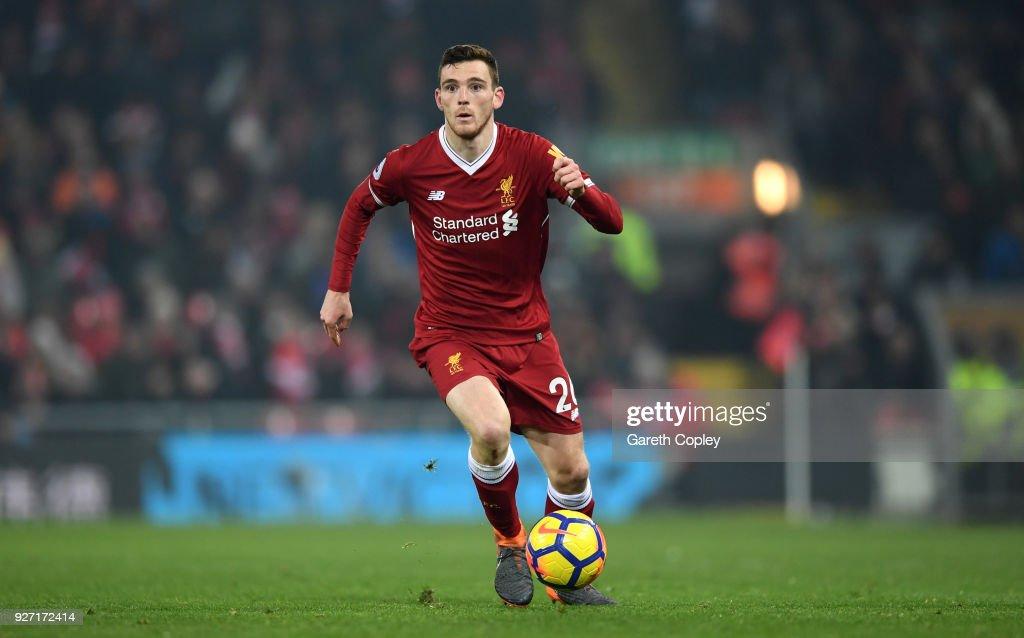 Liverpool v Newcastle United - Premier League : News Photo