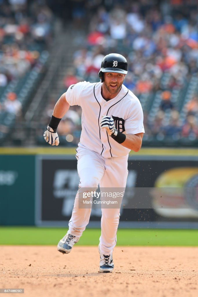 Andrew Romine #17 of the Detroit Tigers runs the bases during the game against the Kansas City Royals at Comerica Park on September 4, 2017 in Detroit, Michigan. The Royals defeated the Tigers 7-6.