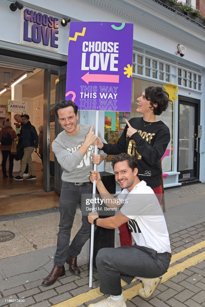 Phoebe Waller Bridge, Andrew Scott & Ben Aldridge Volunteer At The 'Choose Love' Shop For Help Refugees : News Photo