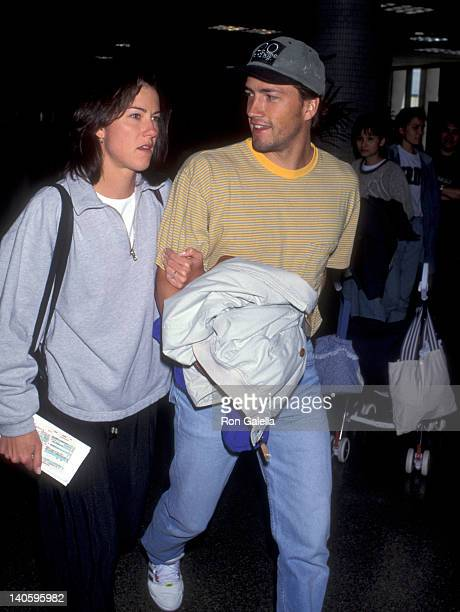 Andrew Shue and Jennifer Hageney at the Andrew Shue and Jennifer Hageney at Los Angeles International Airport Los Angeles International Airport Los...