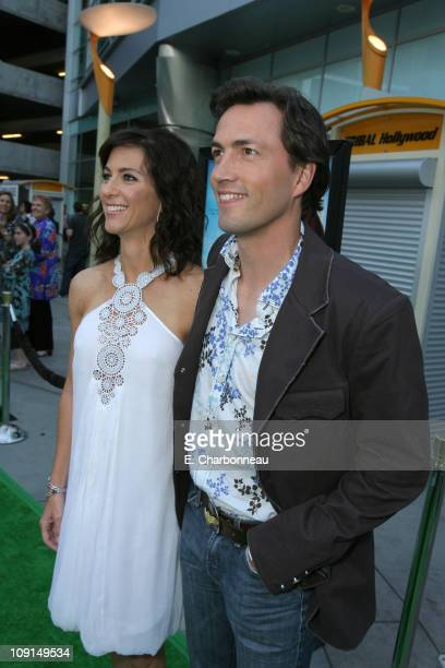Andrew Shue and wife Jennifer during Picturehouse Gracie Los Angeles Premiere at Arclight Cinemas in Hollywood California United States