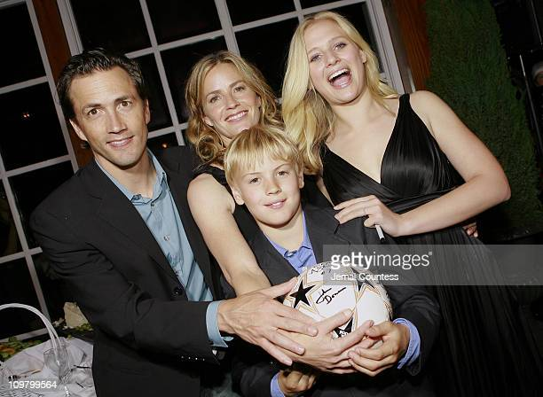 Andrew Shue Elisabeth Shue and Carly Schroeder with Gregory