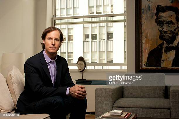 MADOFF Andrew son of Bernard MADOFF posing in the apartment of a friend NEW YORK facing Wall Street He told his truth and settles accounts with his...