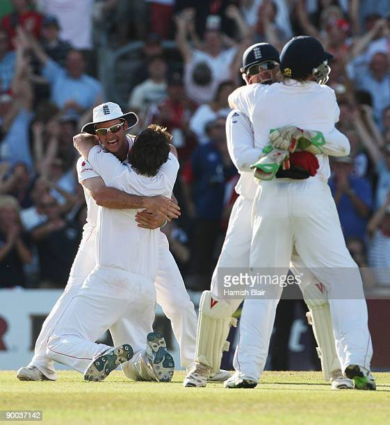 Andrew Strauss of England celebrates victory with Graeme Swann and team mates during day four of the npower 5th Ashes Test Match between England and...
