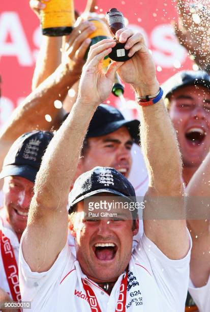 Andrew Strauss of England lifts the Ashes Urn after winning the npower 5th Ashes Test Match between England and Australia at The Brit Oval on August...