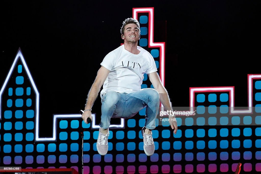 Andrew Taggart of The Chainsmokers performs during the 2017 Global Citizen Festival at The Great Lawn of Central Park on September 23, 2017 in New York City.