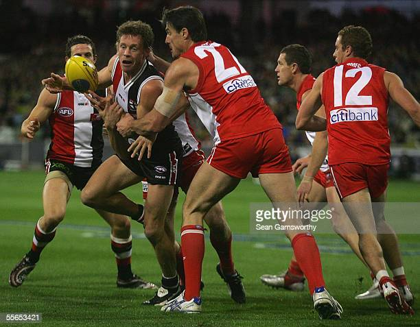 Andrew Thompson for St Kilda and Jason Ball for Sydney in action during the AFL preliminary final between the St Kilda Saints and the Sydney Swans at...