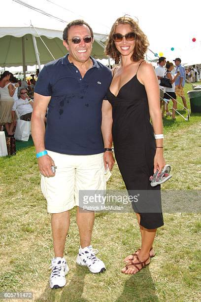 Andrew Tilberis and Christy Turlington attend SUPER SATURDAY 9 hosted by Kelly Ripa Donna Karan and InStyle Magazine To Benefit The Ovarian Cancer...