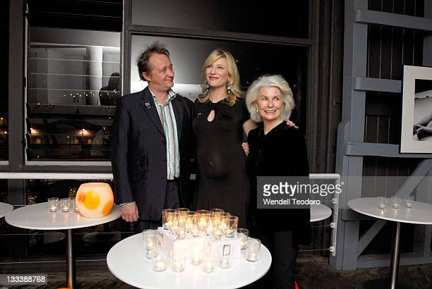 Andrew Upton Cate Blanchett and Robin Nevin attend the premiere of 'The Year of Magical Thinking' at the Sydney Theatre Company on March 29 2008 in...