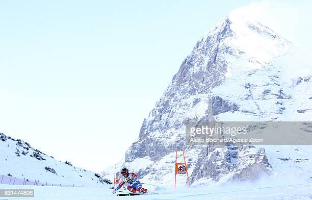 Andrew Weibrecht of USA competes during the Audi FIS Alpine Ski World Cup Men's Downhill Training on January 11 2017 in Wengen Switzerland