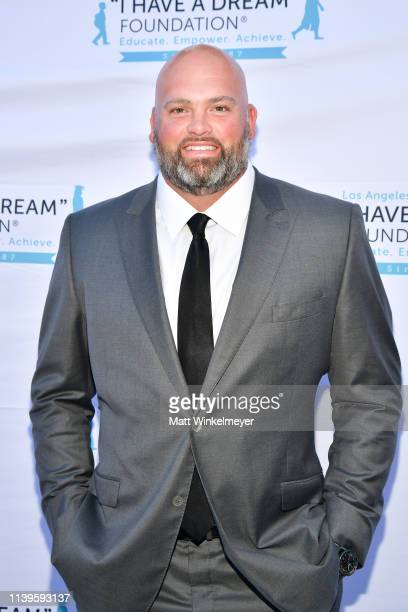 """Andrew Whitworth attends the """"I Have A Dream"""" Foundation Los Angeles hosts 6th annual Dreamer Dinner Benefit at Skirball Cultural Center on March 31,..."""