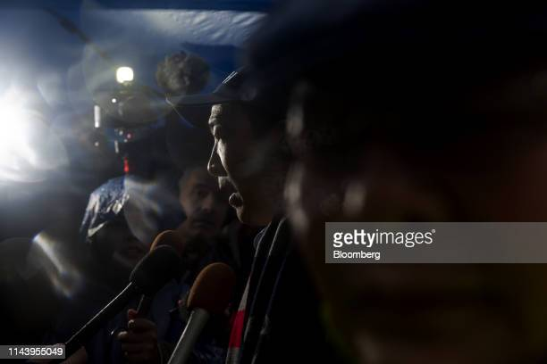 Andrew Yang founder of Venture for America and 2020 Democratic presidential candidate speaks to members of the media during a campaign rally in New...