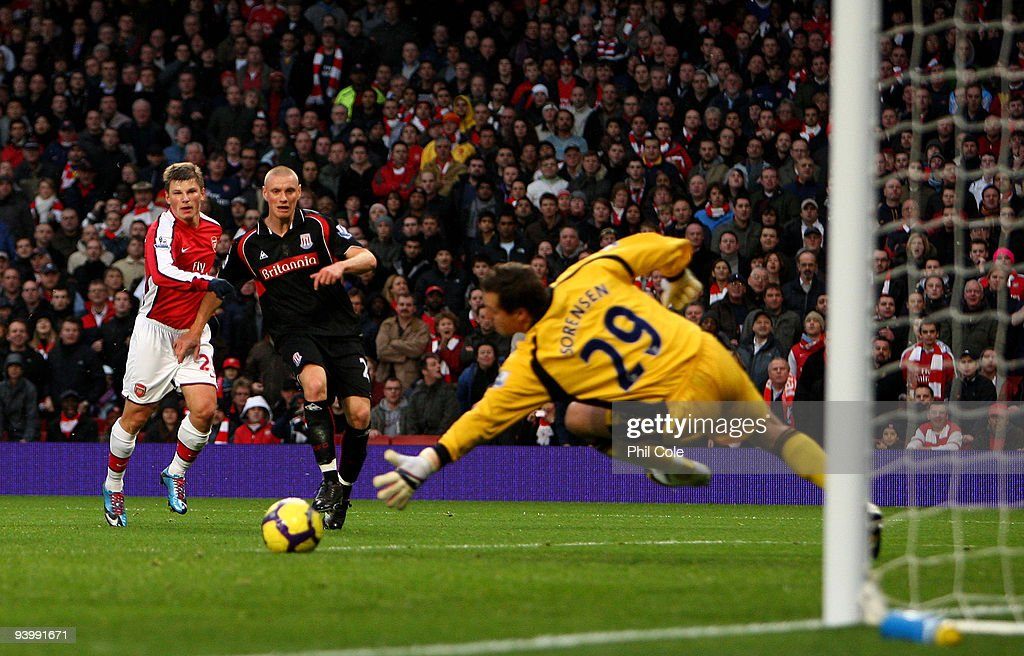 Andrey Arshavin of Arsenal scores during the Barclays Premier League match between Arsenal and Stoke City at the Emirates Stadium on December 5, 2009 in London, England.