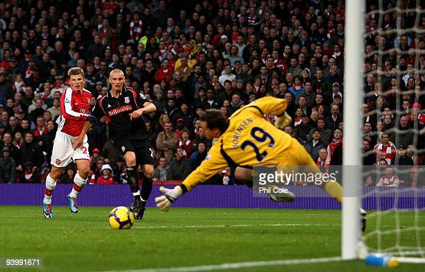 Andrey Arshavin of Arsenal scores during the Barclays Premier League match between Arsenal and Stoke City at the Emirates Stadium on December 5, 2009...