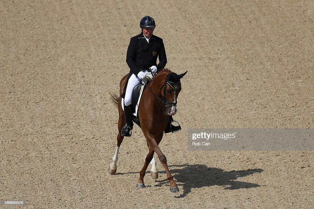 Equestrian - Olympics: Day 2 : News Photo