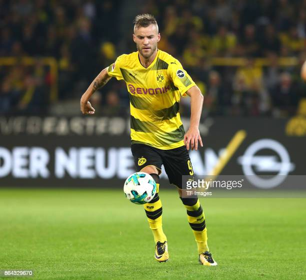 Andrey Yarmolenko of Dortmund controls the ball during the Bundesliga match between Borussia Dortmund and RB Leipzig at Signal Iduna Park on October...