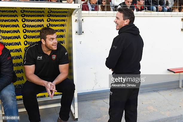 Andries Ferreira and Mike Ford Coach of Toulon during the French Top 14 between Toulon and Grenoble at Stade Mayol on October 29 2016 in Toulon France