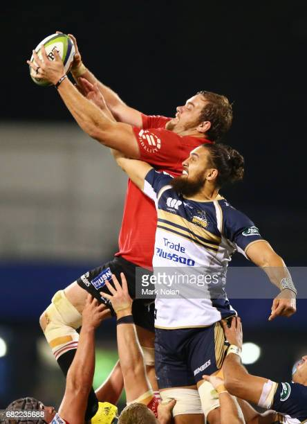 Andries Ferreira of the Lions and Jordan Smiler of the Brumbies contest line out pssession during the round 12 Super Rugby match between the Brumbies...