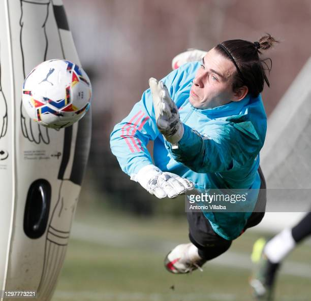 Andriy Lunin during a training session at Valdebebas training ground on January 22, 2021 in Madrid, Spain.