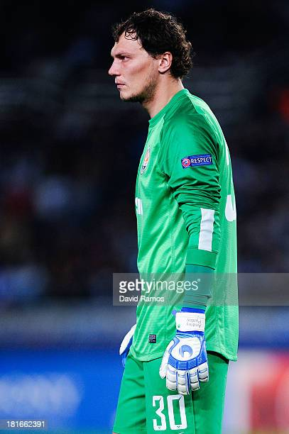 Andriy Pyatov of FC Shakhtar Donetsk looks on during the UEFA Champions League Group A match between Real Sociedad de Futbol and FC Shakhtar Donetsk...