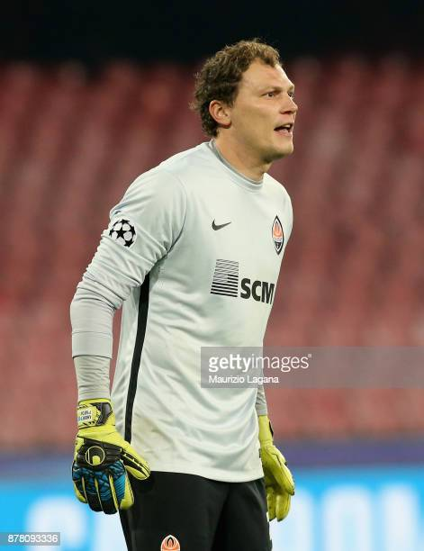 Andriy Pyatov of Napoli of Shakhtar Donetsk during the UEFA Champions League group F match between SSC Napoli and Shakhtar Donetsk at Stadio San...