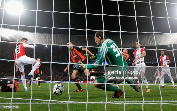 Andriy Pyatov of Shakhtar Donetsk makes a save during the UEFA Champions League group F match between Feyenoord and Shakhtar Donetsk at Feijenoord...