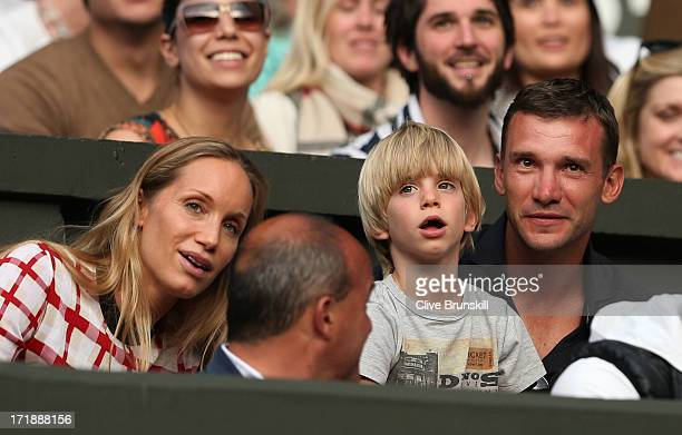 Andriy Shevchenko and his wife Kristen Pazik watches the Gentlemen's Singles third round match between Novak Djokovic of Serbia and Jeremy Chardy of...