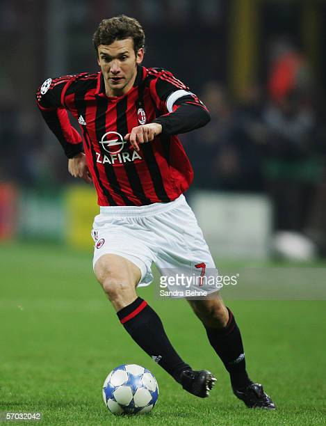 Andriy Shevchenko of Milan runs with the ball during the UEFA Champions League Round of 16 second leg match between AC Milan and Bayern Munich at the...
