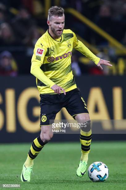 Andriy Yarmolenko of Borussia Dortmund controls the ball during the Bundesliga match between Borussia Dortmund and VfL Wolfsburg at Signal Iduna Park...