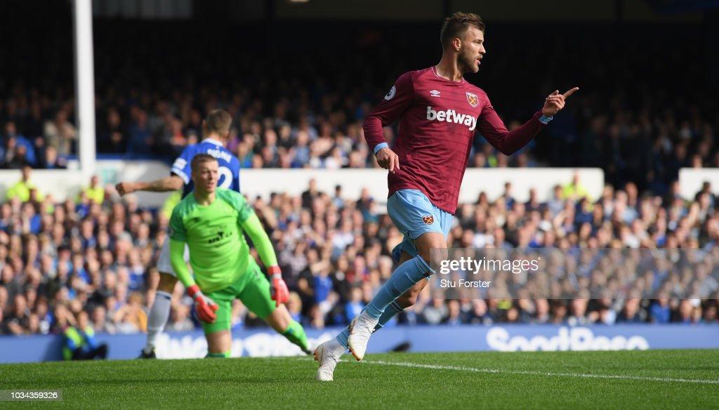 Everton FC v West Ham United - Premier League : News Photo