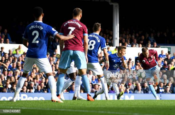 Andriy Yarmolenko of West Ham United scores his team's second goal during the Premier League match between Everton FC and West Ham United at Goodison...