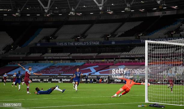 Andriy Yarmolenko of West Ham United scores his team's third goal during the Premier League match between West Ham United and Chelsea FC at London...
