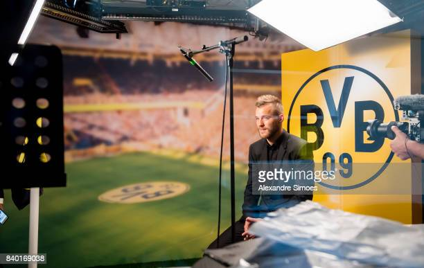 Andriy Yarmolenko signs a new contract with Borussia Dortmund on August 28 2017 in Dortmund Germany