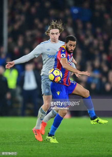 Andros Townsend of Crystal Palace and Tom Davies of Everton compete for the ball during the Premier League match between Crystal Palace and Everton...