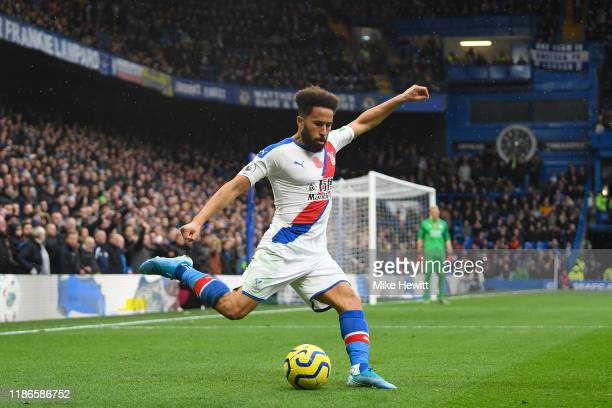 Andros Townsend of Crystal Palace in action during the Premier League match between Chelsea FC and Crystal Palace at Stamford Bridge on November 09...