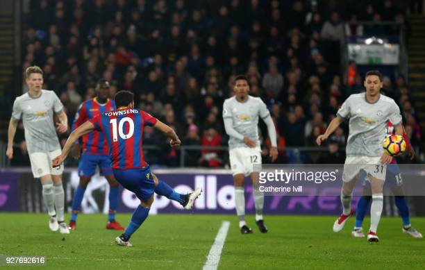 Andros Townsend of Crystal Palace scores the first goal during the Premier League match between Crystal Palace and Manchester United at Selhurst Park...