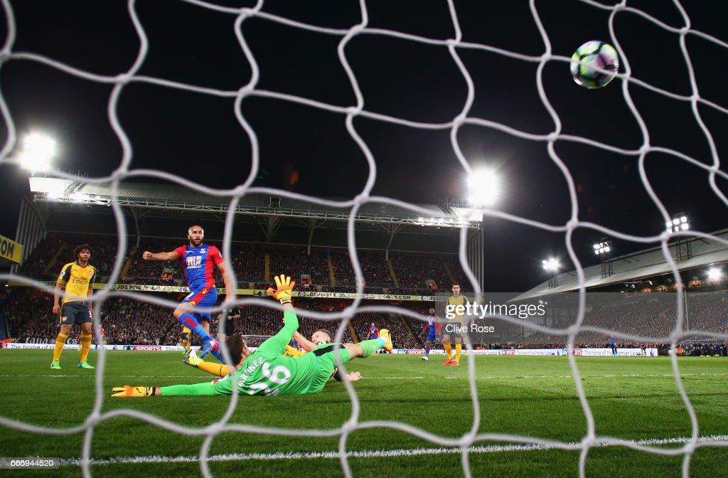 Crystal Palace v Arsenal - Premier League : Nachrichtenfoto