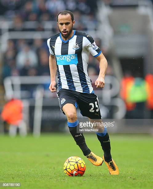 Andros Townsend of Newcastle United controls the ball during the Barclays Premier League match between Newcastle United and West Bromwich Albion at...