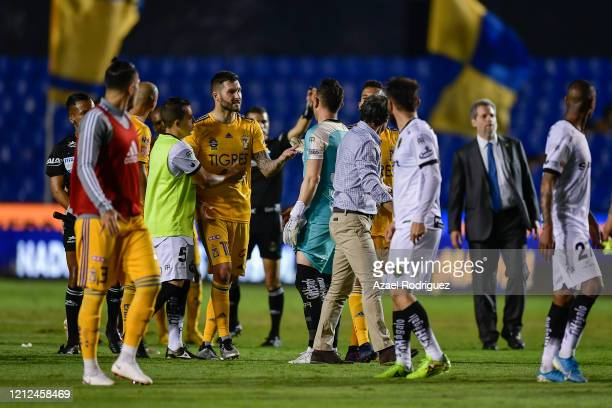 AndréPierre Gignac of Tigres argues with players of Juarez at the end of the 10th round match between Tigres UANL and FC Juarez as part of the Torneo...
